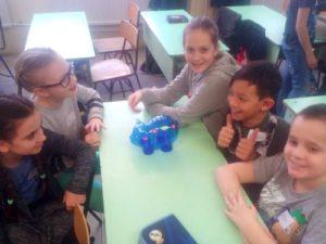 Schule Finanzbildung Werte Kinder Sparschwein