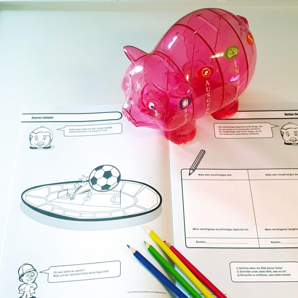 Malheft mit großem Sparschwein für Kinder